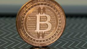 LOT nie pogardzi nawet Bitcoinami
