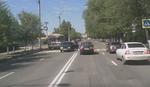 JEZIV SNIMAK Udario devojčicu na pešačkom, drugi vozači ga pretukli
