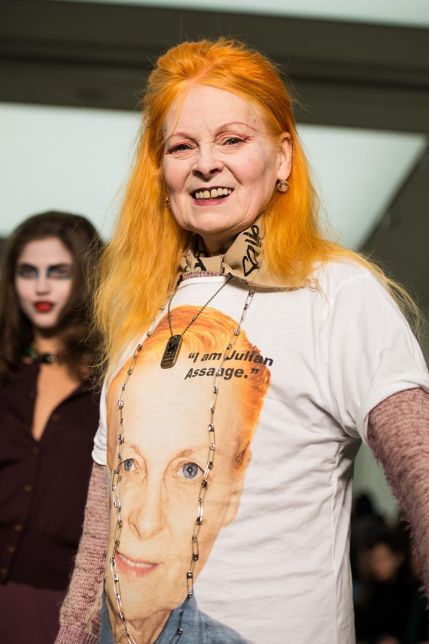 "Vivienne Westwood w prowokacyjnym t-shircie ""I am Julianne Assange"" - Getty Images/Flash Press Media"