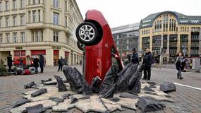 Kolejne szaleństwa Clarksona - rozbite Toyoty Prius