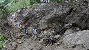Lawiny błotne w pobliżu szlaku Annapurny zabiły 30 osób