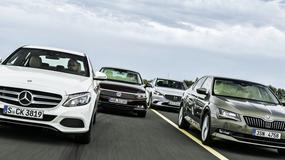Porównanie benzynowych limuzyn: czy wystarczy im mocy?