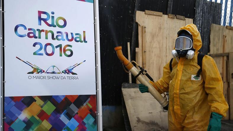 A közelgő riói karneválon szigorú közegészségügyi ellenőrzéseket vezettek be a Zika vírus miatt /Fotó-MTI