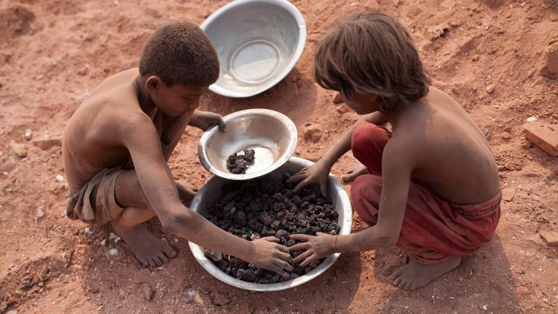 Szörnyű gyerekmunka Bangladesben / Fotó: Profimedia-Reddot