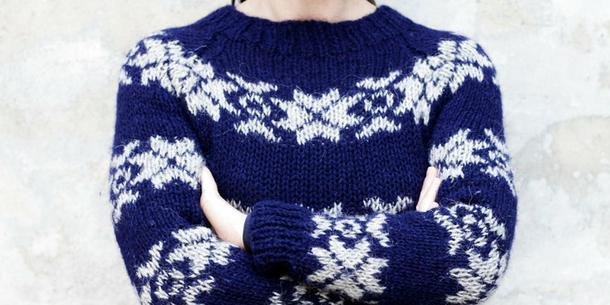 Wojna o wełniany sweterek Sary Lund