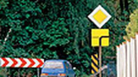 Zakręcone skrzyżowanie