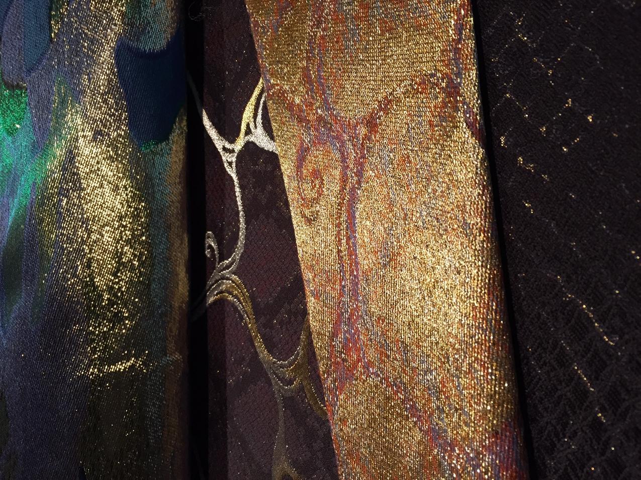 Tkaniny z fabryki Hosoo