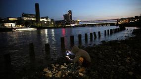 Poszukiwanie skarbów na dnie Tamizy w Londynie