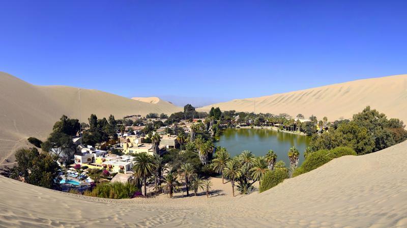 Huacachina - oaza na pustyni Atacama niesamowitą atrakcją Peru - Podróże