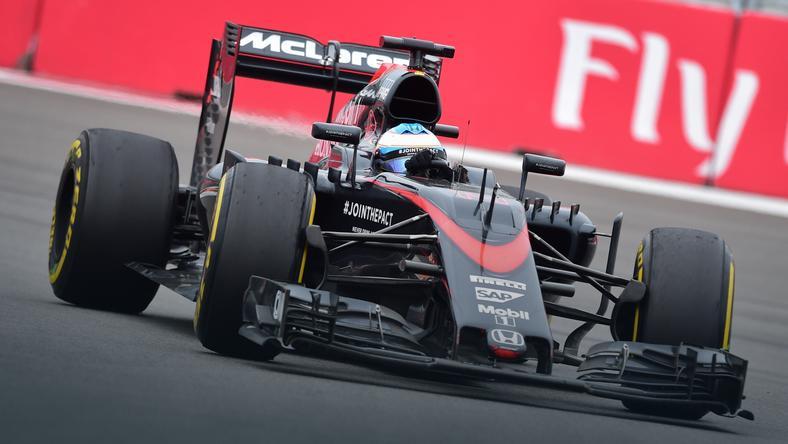 Bolid McLarena