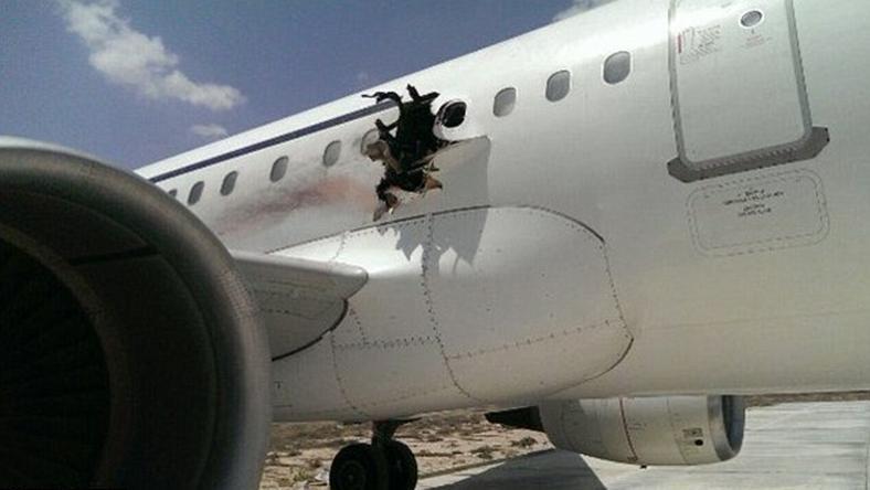 A szárny fölött szakadt ki a repülő oldalfala