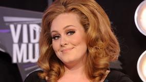 Adele wyprzedziła Kazika z zespołem