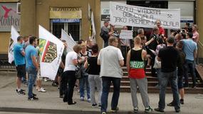 Protest przed biurem premier Szydło w Brzeszczach