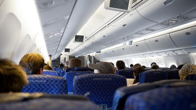Egy női utas azt hitte a mellette ülő utas az ISIS-szel kommunikál /Illusztráció: Northfoto