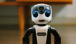 ROBOT SMARTFON Ovo je najslađi lični asistent