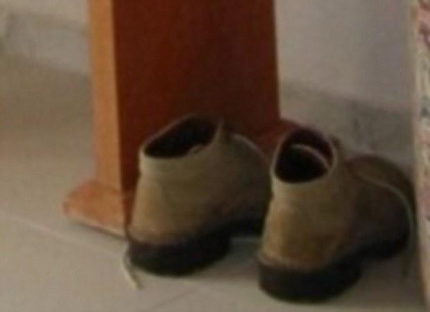 Čizme ispod stola su napravile razdor