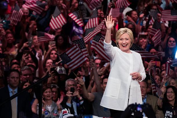 Garderoba ma znaczenie, nawet w przypadku Hillary Clinton