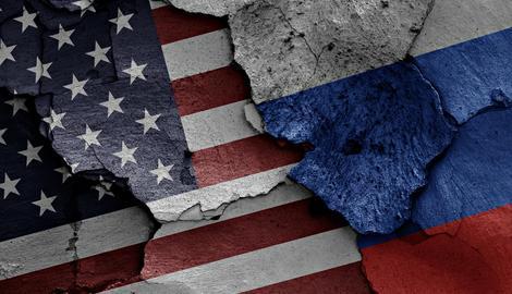 IGRA S VATROM Evo zbog čega je u toku pravi OKRŠAJ RUSIJE I AMERIKE