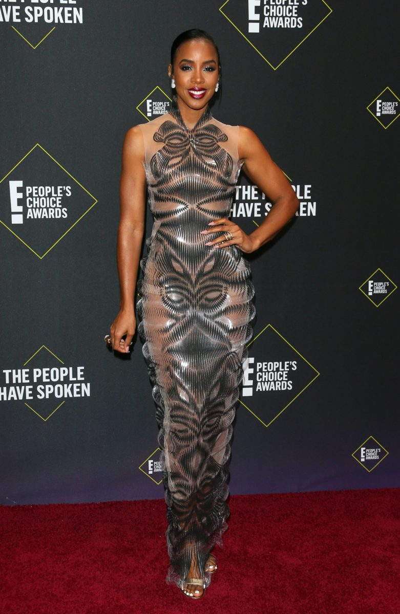 Kelly Rowland brought her A-game to the red carpet of E! People's Choice Awards 2019 [Essence]