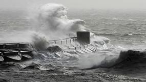 Huragan szaleje na Wyspach Brytyjskich