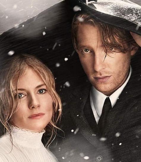 Kadr ze świątecznego filmu Burberry