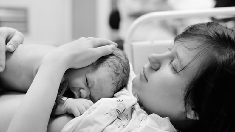 Császárral szült az édesanya, a műtét után még minden rendben volt / Fotó: illusztráció Northfoto