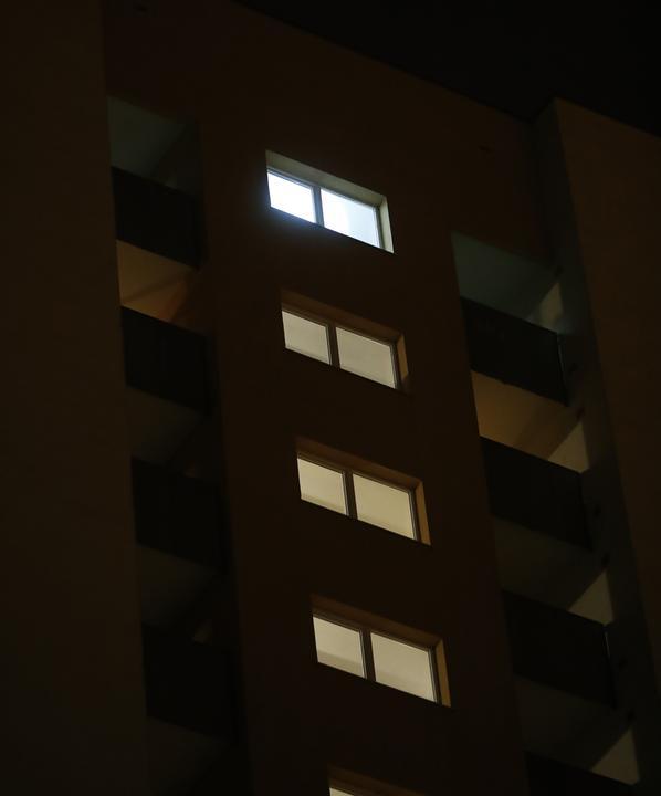 A 15. emeleteről esett ki / Fotó: Fuszek Gábor