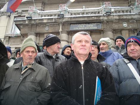 Zoran Nešić sa bivšim kolegama koje ga podržavaju
