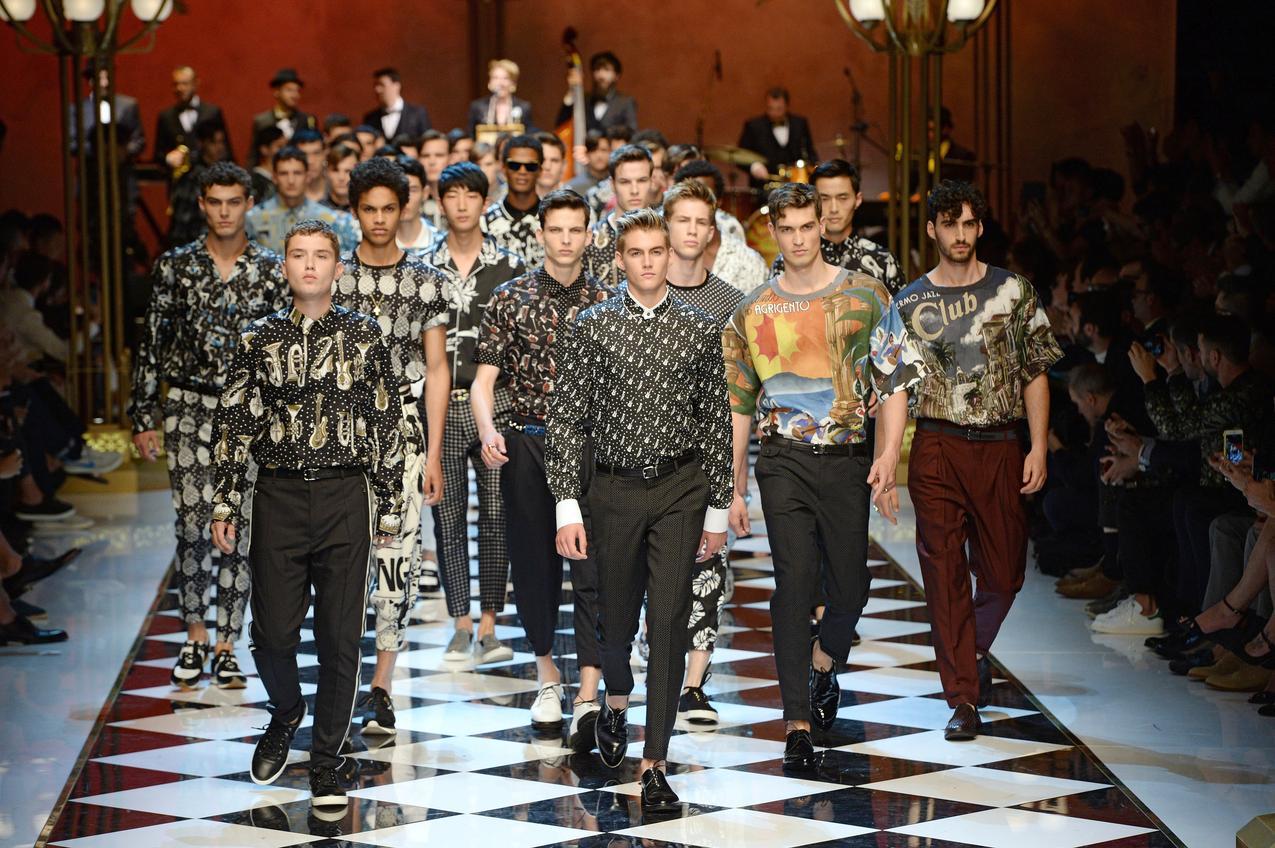 Pokaz męskiej kolekcji  Dolce & Gabbana na sezon wiosna-lato 2017