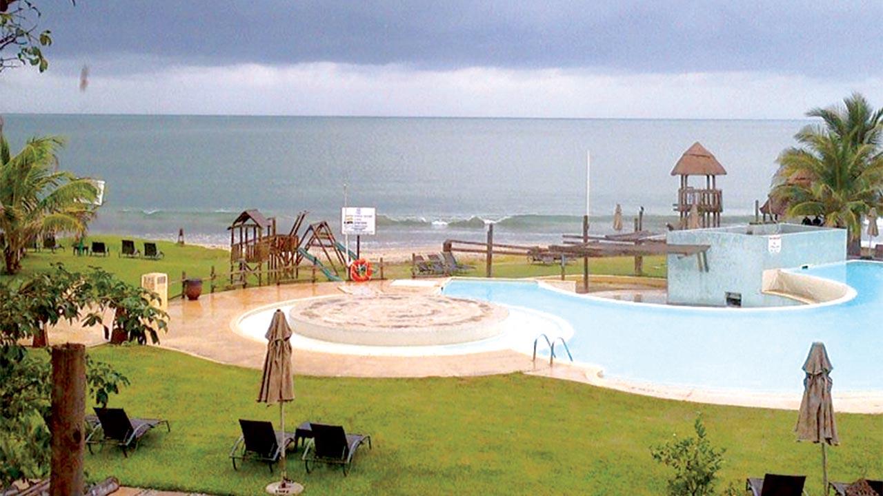 7 . Ibeno Beach - Kwa Ibo State