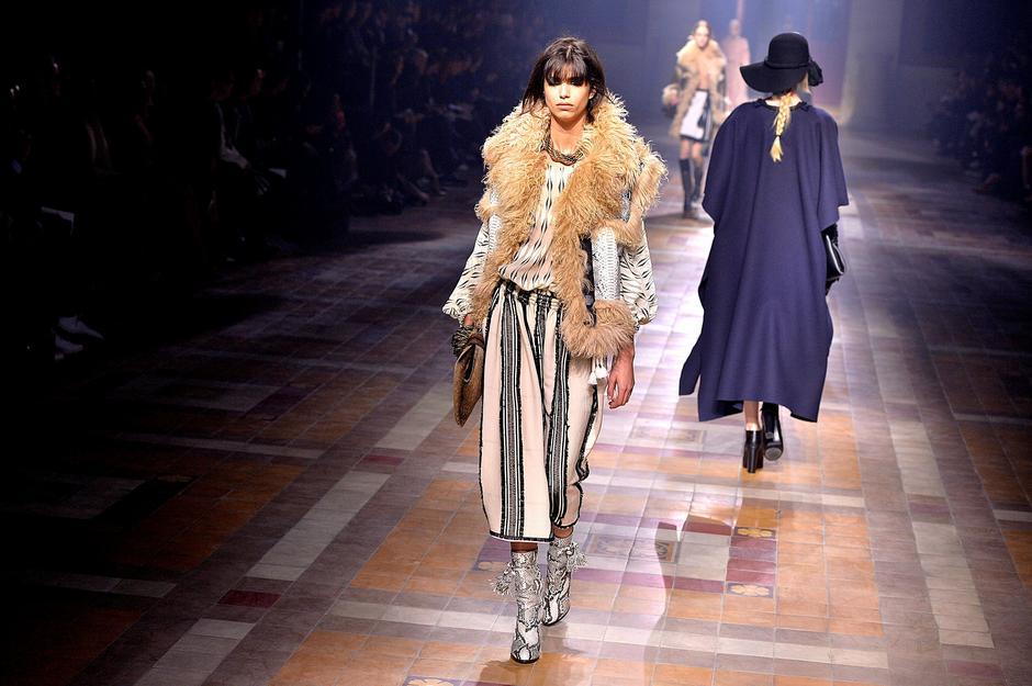 Pokaz Lanvin na Paris Fashion Week / Getty Images