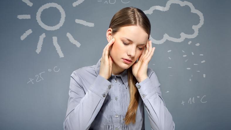 Fejfájást is okozhat a változékony időjárás /Fotó: Shutterstock