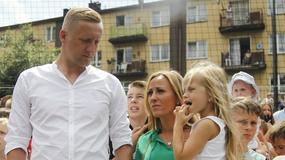 Kamil Glik z żoną i córką na otwarciu boiska w Jastrzębiu-Zdroju