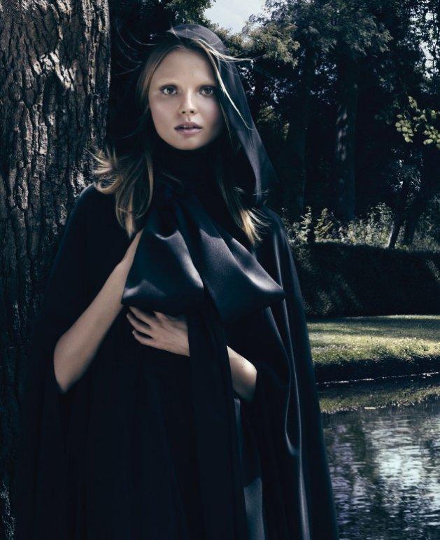 Magdalena Frąckowiak w kampanii perfum Givenchy