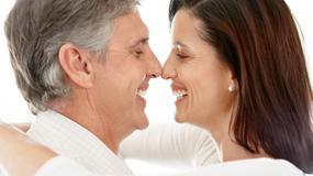 Siwizna znika z męskiej skroni