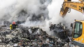 Groźny pożar na wysypisku w Wałbrzychu