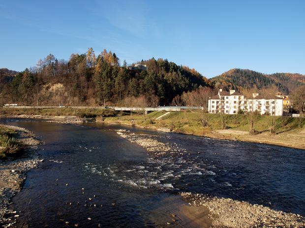 Muszyna, dolina Popradu i zamek