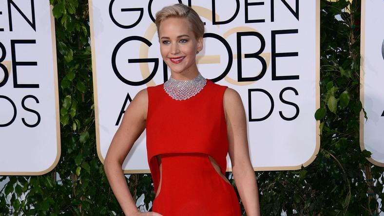 Jennifer Lawrence gyönyörű vörös ruhában jelent meg a díjátadón /Fotó: Northfoto