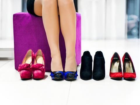 Как разносить лаковые туфли 7