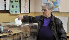 PONOVLJENI IZBORI U NIŠU Građani glasaju na 20 od ukupno 174 biračka mesta (FOTO)