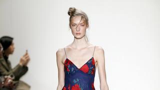 Kobiece, seksowne i zmysłowe: najpiękniejsze suknie z New York Fashion Week