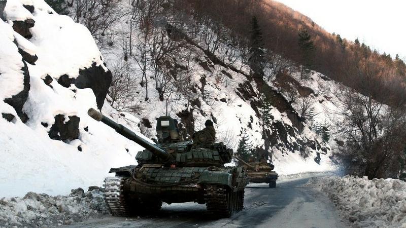 Rosyjskie czołgi, fot. AFP