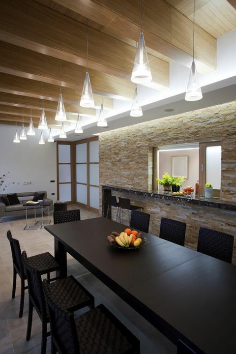 Cegła i kamień w kuchni