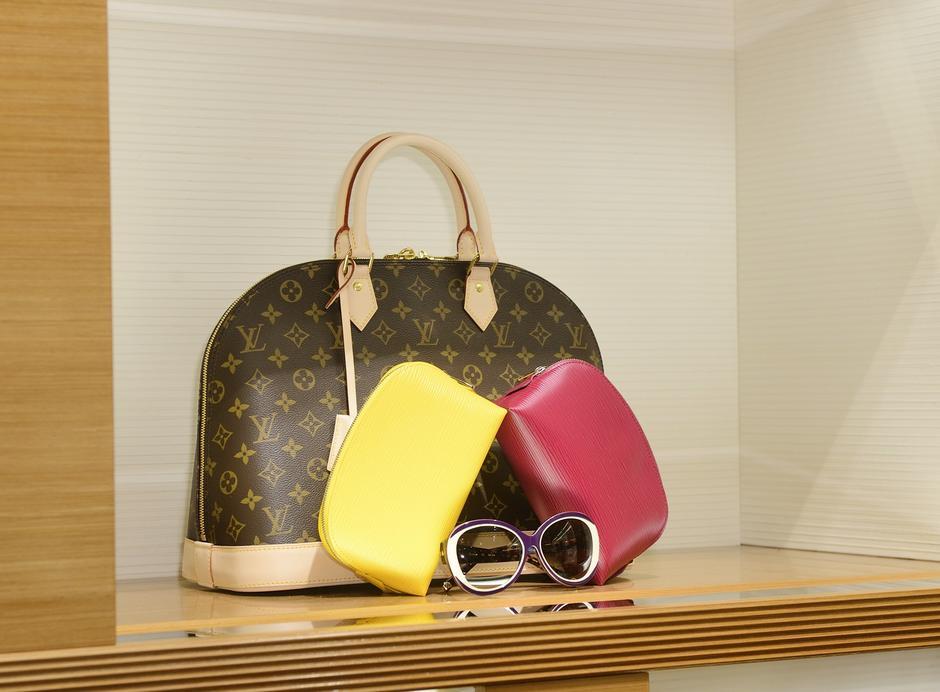 Wnętrze butiku Louis Vuitton w Warszawie / mwmedia