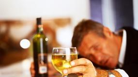 W trójkącie z alkoholem