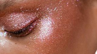 Brokatowy strobing hitem wśród makijażystów