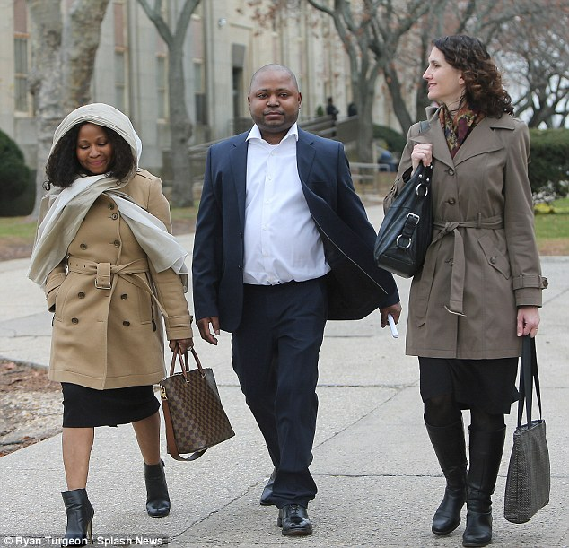 Nicki Minaj's brother, Jelani Maraj has been sentenced to twenty-five years to life in prison for raping his stepdaughter. [DailyMail]