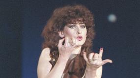 Kultowe gwiazdy lat 80. i 90. na starych i zabawnych zdjęciach. Czy je poznajecie?