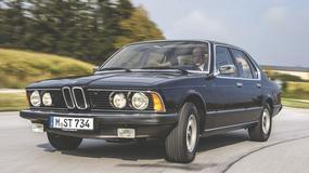 BMW 733i - lewy pas jest dla niego