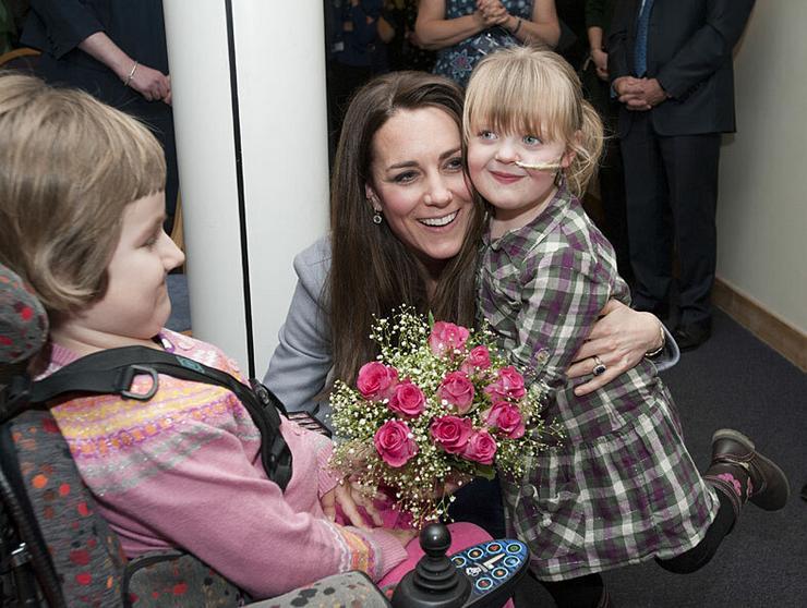 Még ölelést is kapott a beteg kislány Katalin hercegnétől